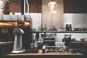 撮影スタジオ裏手のキッチンから始まったコーヒーロースター